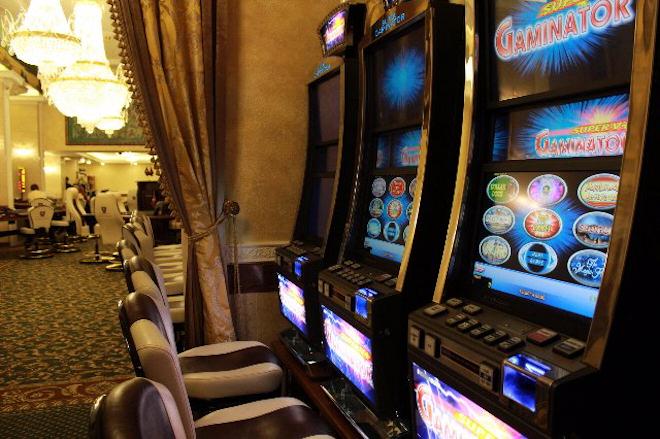 Казино Малина против казино Буран у кого круче бонусы?